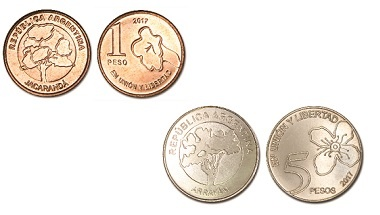 Las nuevas monedas de 1 y 5 pesos